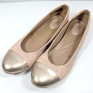 Clarks Nude Pink Gold Toe Flats 10